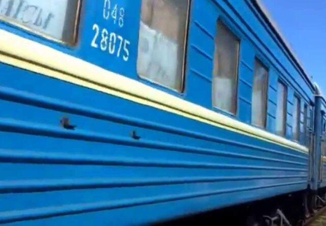 """Poyezd """"Kiyev-Zaporozh'ye"""" popal v TOP-5 samykh pribyl'nykh ZHD reysov 2019 goda"""