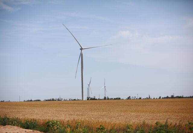 V Kirillovke khotyat postroit' samuyu bol'shuyu v Yevrope beregovuyu vetroelektrostantsiyu