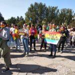 V Zaporozh'ye proveli parad LGBT, - politsii i voyennykh prishlo bol'she chem uchastnikov