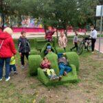 На бульваре Шевченко горожане повредили цветочные композиции