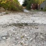 zaporozhtsy-prizyvayut-mera-reshit-problemu-razrushennoj-dorogi-v-kommunarskom-rajone
