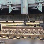 Грузовой поезд насмерть сбил мужчину в Запорожской области