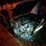 В Запорожье спасатели потушили загоревшийся автомобиль