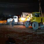 В Запорожской области на заснеженных дорогах работает спецтехника