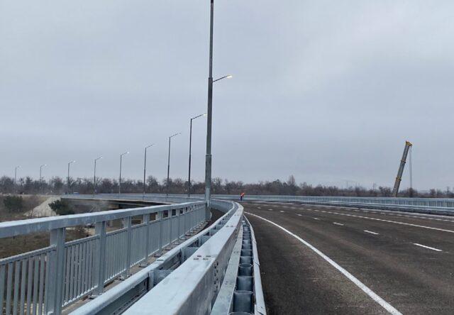 В Запорожье на новом мосту изменили движение общественного транспорта