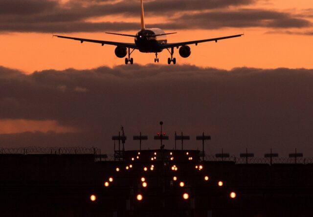 Госавиаслужба выдала разрешение на рейсы из Запорожья в Берлин