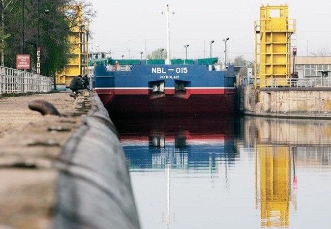 Навигация по Днепру продлится до 15 января