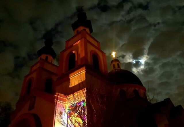 Сегодня католики в Запорожье празднуют Пасху