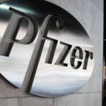 Вакциной Pfizer привили 168 человек в домах престарелых