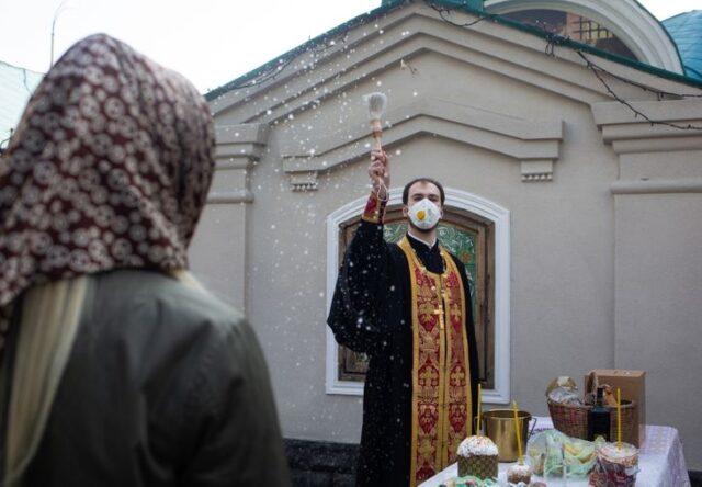Пасхальные богослужения в Запорожье: где и когда