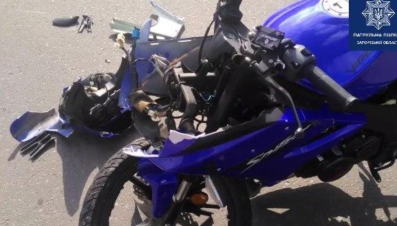 Подробиці ДТП за участі легковика та мотоцикла – поліція