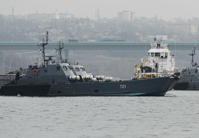 Кулеба: угроза в Азовском море беспрецедентно большая