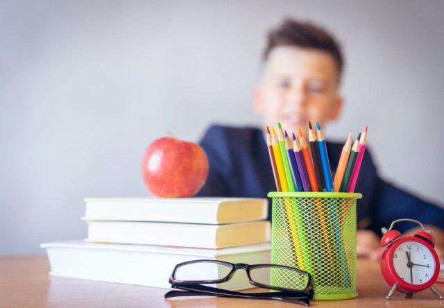 В 1-й класс запорожцы могут зачислить ребенка до 31 мая